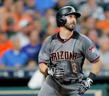 Video: Daniel Descalso hits D-Backs' third inside-the-park homer of the season