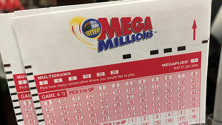 No Mega Millions winner: Jackpot climbs to $1.6B