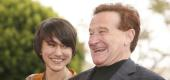Zelda Williams, left, and dad Robin Williams. (Getty Images)
