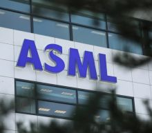 ASML held back by stalled sales of big earning tools