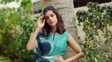 Zindagi Gulzar Hai Actress Sanam Saeed Gives Us Cues On How To Keep Dupatta Belted