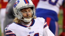 A Doctor Explained How Bills WR Cole Beasley Played With a Broken Fibula