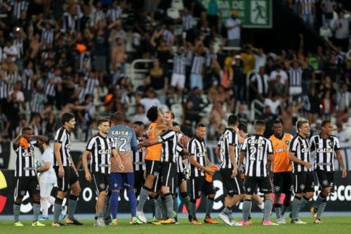 Por vaga já no G4, Botafogo experimenta novo sentimento: secar