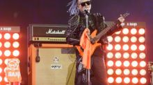 Refile: Tearful Ma bids Alibaba farewell with rock star show