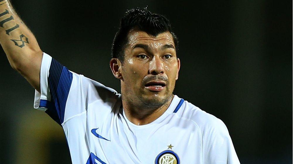 Calciomercato Inter, Medel addio: domenica la firma col Tigres