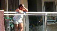 Presa em casa com Queiroz, Márcia Aguiar ainda não está usando tornozeleira eletrônica