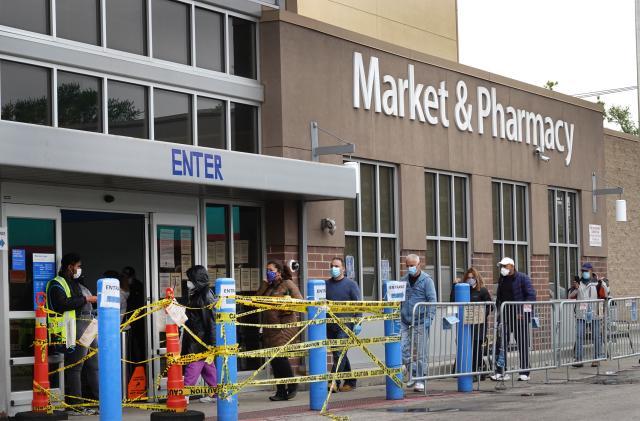 Walmart tests a cashierless store to prevent coronavirus spread
