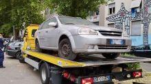 Auto non in regola a Milano, blitz dei vigili in via Aretusa