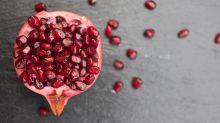 Die simpelste Art, einen Granatapfel zu entkernen