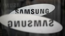 Samsung Elec flags mobile weakness as chips power record first profit