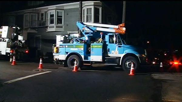 Storm knocks out power in Noe Valley