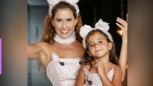 Deborah Secco e a filha, Maria Flor, viram 'porquinhas' para Carnaval