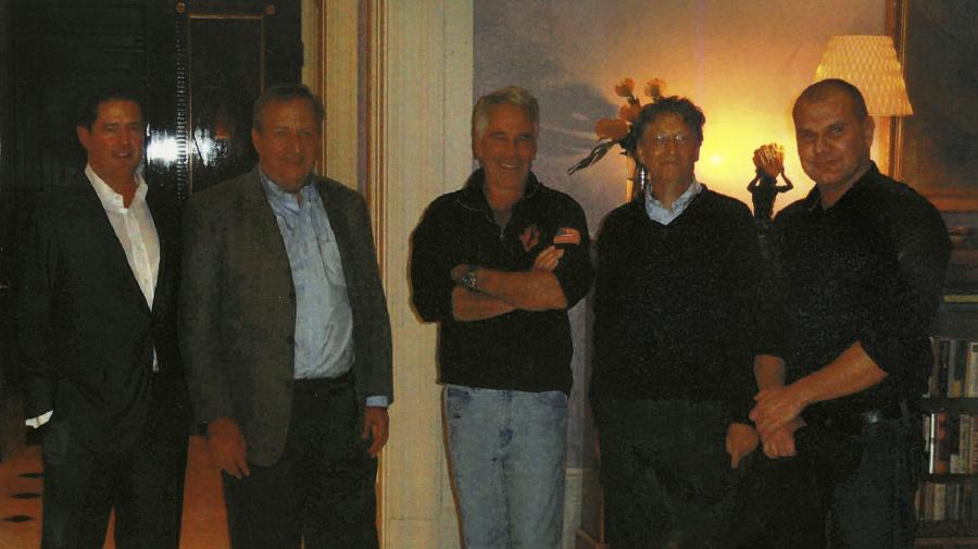 Bill Gates 'regrets' relationship with Epstein