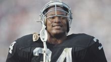 Bo Jackson: I'd average 350-400 yards a game today