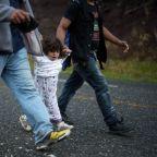 Migrant surge into Guatemala reaches 3,500, heads for Mexico