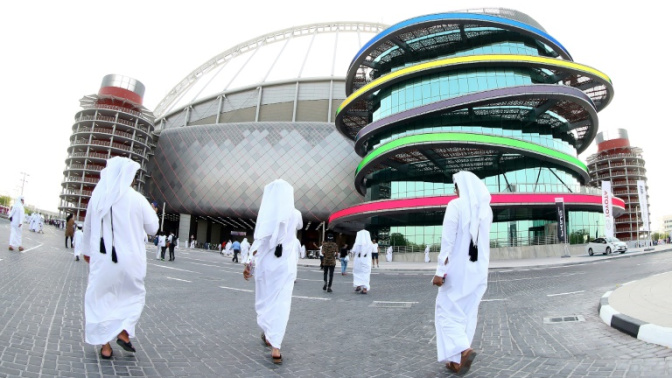 Safety fears raised over Qatar World Cup death