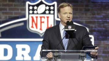 Draft for charity: NFL to use event as fundraiser