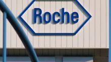 Is Roche Holding AG's (VTX:ROG) 40% ROE Better Than Average?