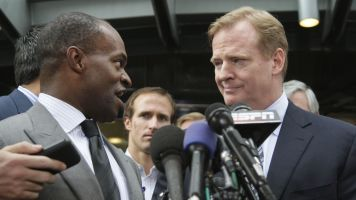 Union dispute could put NFL season in jeopardy