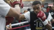 Kevin Iole: Spence may be best fighter in world