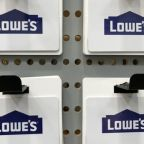 Lowe's beats on quarter but unchanged outlook pressures stock