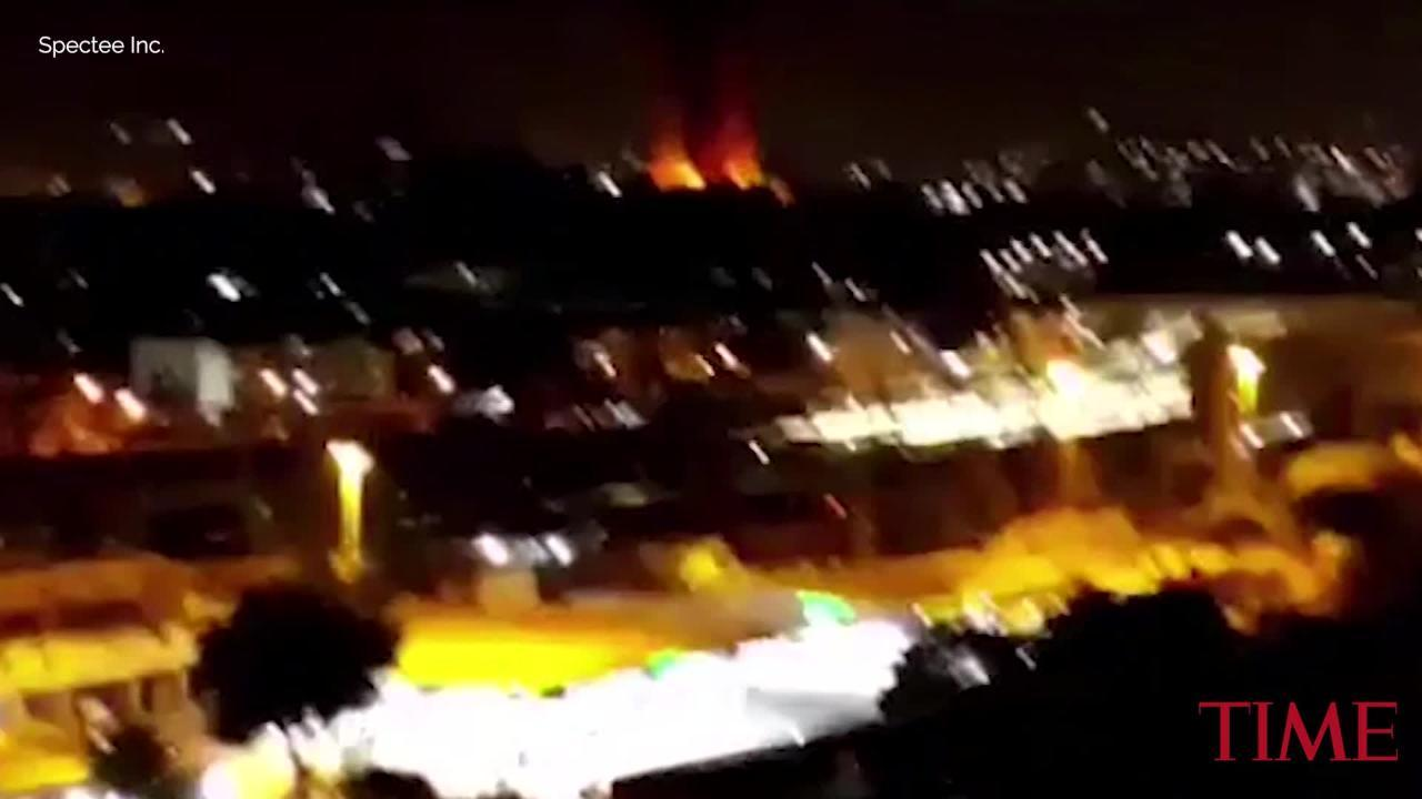 Firefighters Battle Huge Fire at 200-Year-Old National Museum in Rio De Janeiro