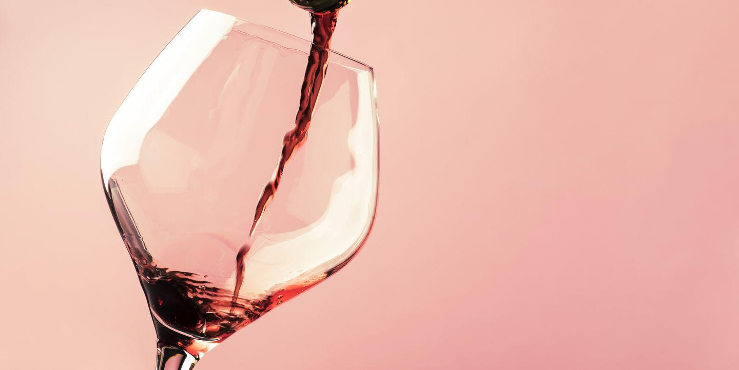 Can You Drink Alcohol After Getting the COVID-19 Vaccine? Here's What Doctors Say - Yahoo Lifestyle