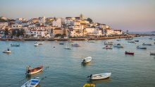 Britons 'most welcome' in Portugal this summer, says Portuguese foreign minister