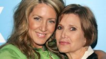 Joely Fisher on preserving her last text conversation with Carrie Fisher — and her sister's unforgettable tweeting style