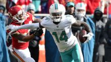 Browns agree to trade for Dolphins' Jarvis Landry