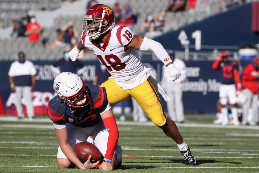 Injuries create uncertainty for USC at linebacker position