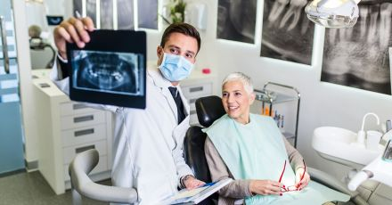 How People on Medicare Get Dental Insurance