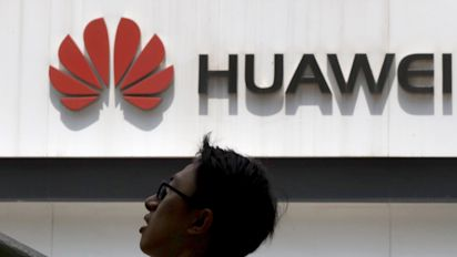 Google cuts off Huawei amid trade war