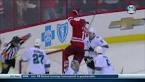 Jordan Staal stuffs one behind Stalock