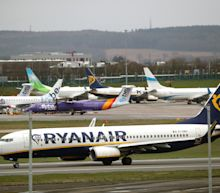 Coronavirus: Ryanair threatens job losses if pilots don't accept pay cuts