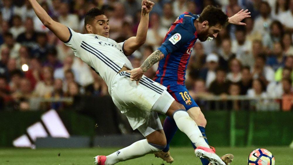 A Messi no pudieron frenarlo ni a las patadas