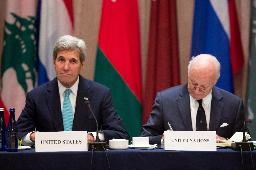 US Secretary of State John Kerry (L) and Staffan de Mistura, UN special envoy for Syria, attend the International Syria Support Group meeting on September 20, 2016 in New York (AFP Photo/Kevin Hagen)