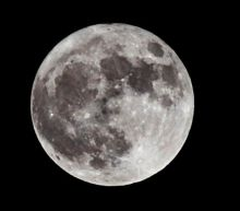 Water on the Moon could sustain a lunar base