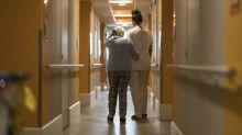 """""""Ils peuvent sortir de leur chambre"""": un Ehpad réservé aux pensionnaires positifs au Covid-19 a ouvert dans le Tarn"""