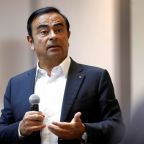 Renault names Ghosn stand-ins amid tension over Nissan probe