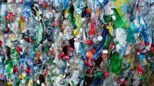 Descubren una terrible característica del plástico que lo hace aún más peligroso