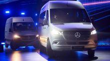Der Paket-Boom lässt die Van-Sparte von Mercedes boomen. Doch Spediteure und Zusteller sind verstimmt: Sie wollen jetzt Elektro-Transporter.