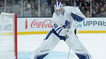 Maple Leafs' Michael Hutchinson fails to help himself in loss to Bruins