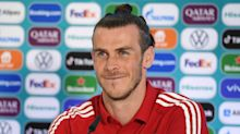 Gareth Bale rejects Italy coach Roberto Mancini's assessment that Wales resemble StokeCity