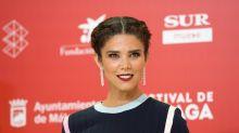 Juana Acosta estrena en el Festival de Málaga su look más arriesgado: ¿lo amas o lo odias?