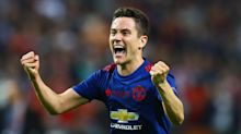 Ander Herrera to snub Barcelona and commit his future to Manchester United
