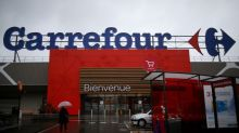 Carrefour, Argentina workers agree to voluntary buyouts - government