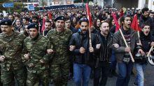 Miles de personas conmemoran en Atenas el levantamiento universitario de 1973
