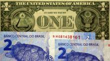 Dólar tem leve baixa após recorde da véspera, mas segue perto de R$4,20