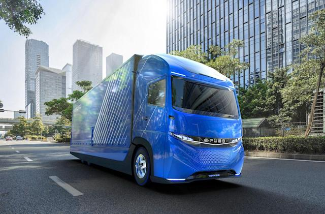 Daimler unveils its electric truck weeks ahead of Tesla's big debut